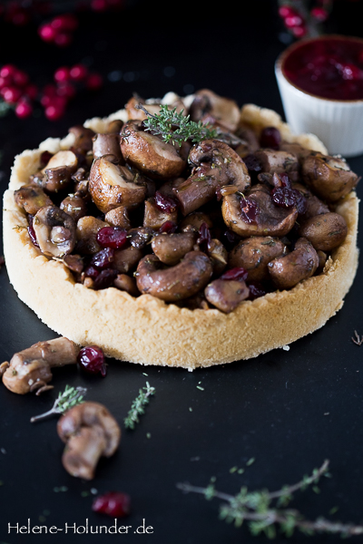 quiche-maronen-pilze-cranberries-vegan-helene-holunder