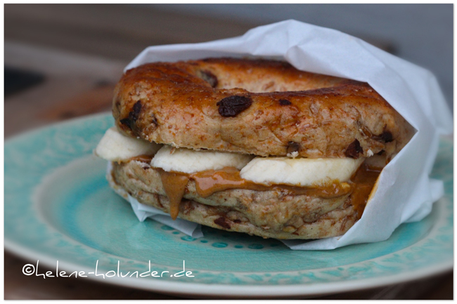 Cinnamon-Raisin-Bagel, vegan, Helene Holunder