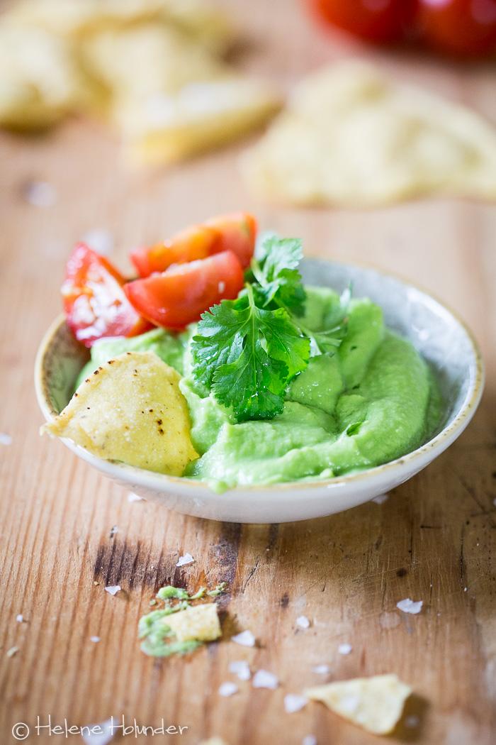 guacamole ohne avocado eine erbsen guacamole ist lecker gesund und regional helene holunder. Black Bedroom Furniture Sets. Home Design Ideas