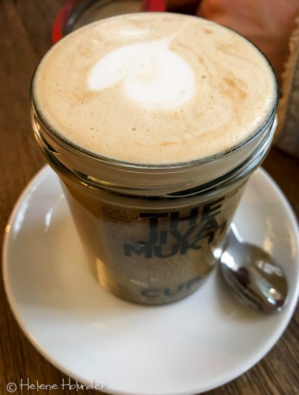 Jivamukti Canteen, Cappuccino, Sojamilch, vegan, Helene Holunder