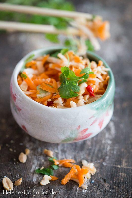 moehrensalat-sellerie-apfel-erdnuss-vegan-helene-holunder-2