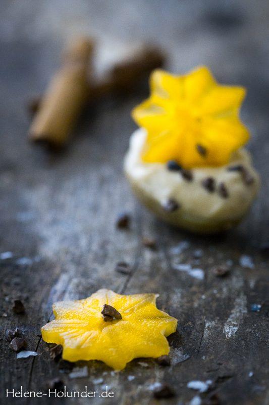 Weihnachtliches Fingerfood: Minikartoffeln mit Lebkuchen Mayo und Kaki Stern, vegan, Helene Holunder
